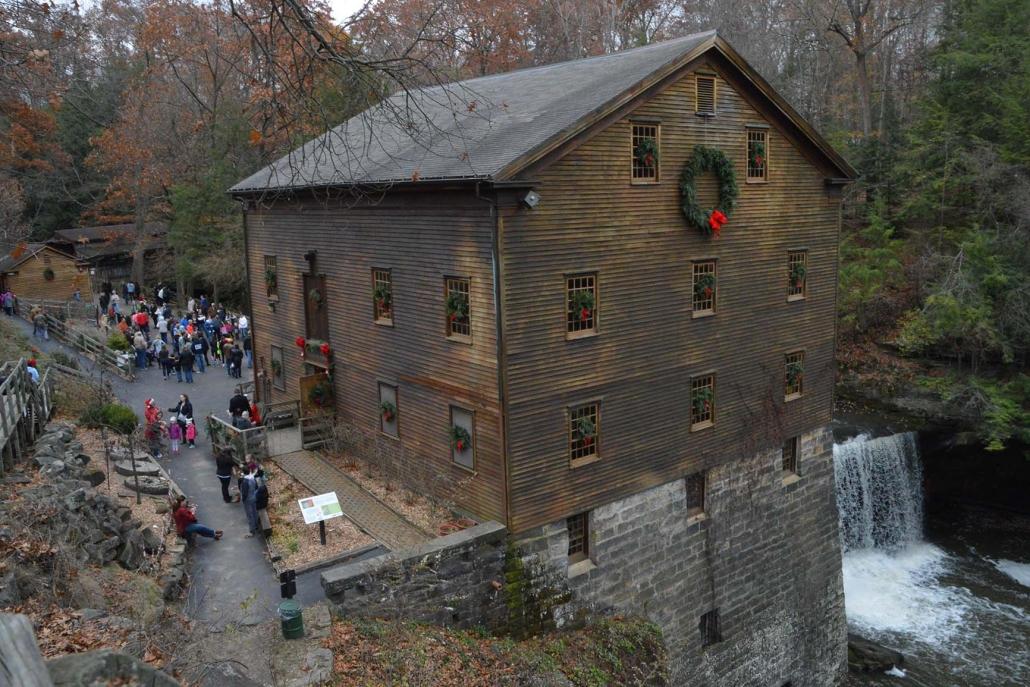 Christmas-Lanterman's-Mill