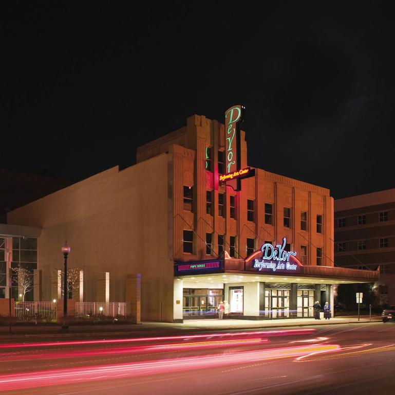 DeYor Performing Arts Center