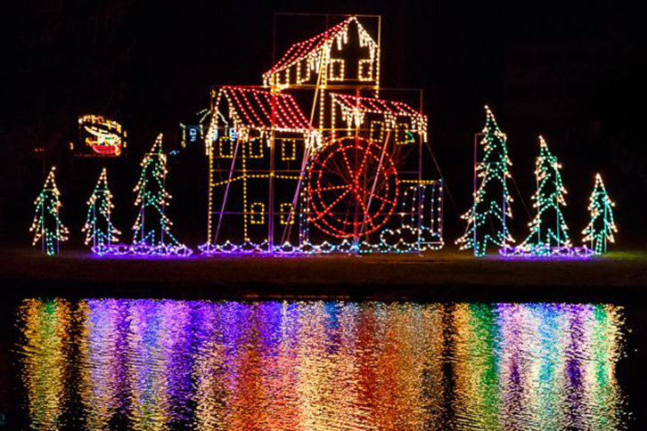 Christmas Light Displays.Joy Of Christmas Holiday Light Display Youngstown Live