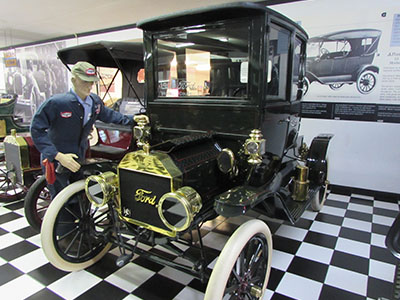 Snyders Model A >> Snyder S Antique Auto Collection Youngstown Live