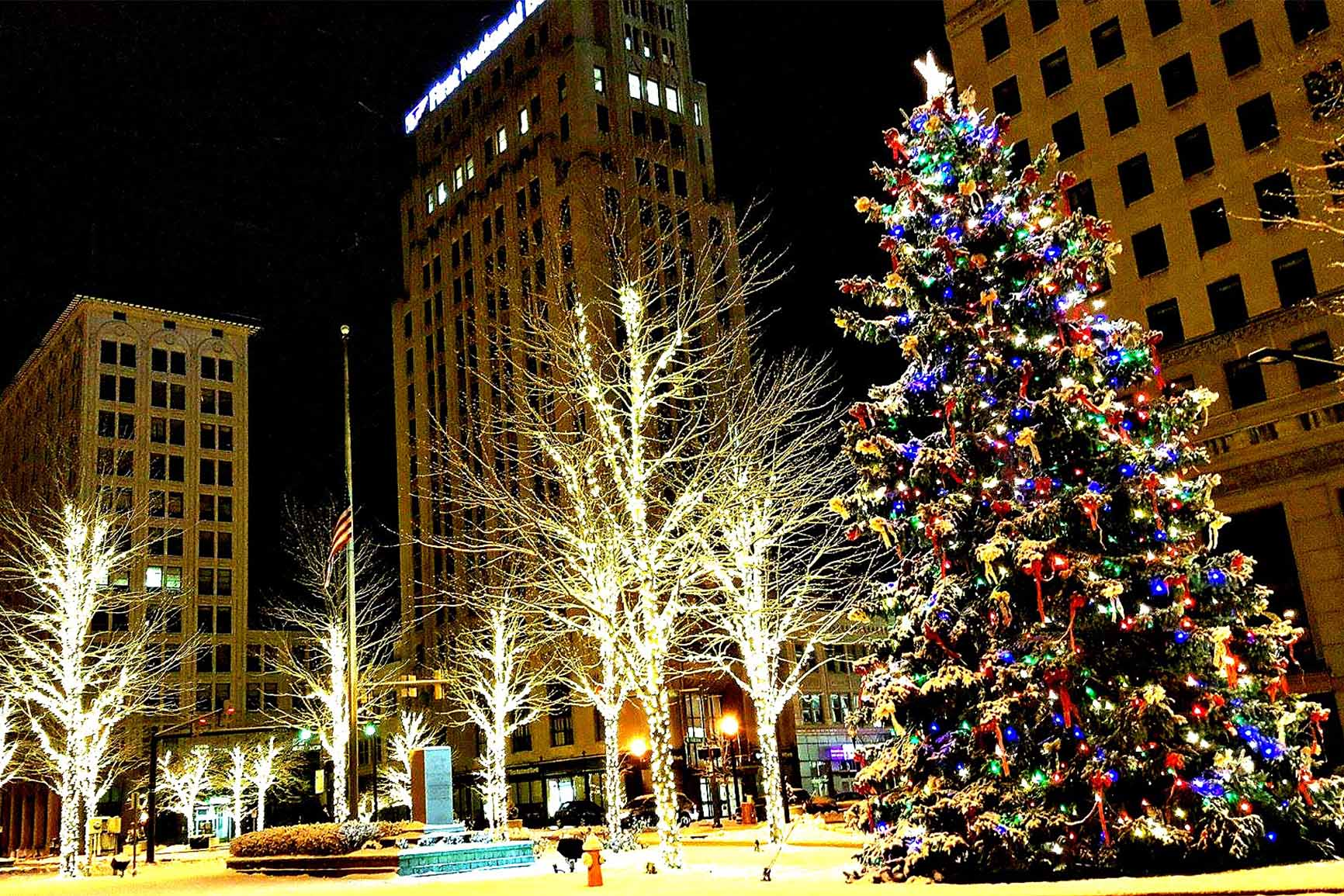 Youngstown Holiday Parade and Tree Lighting